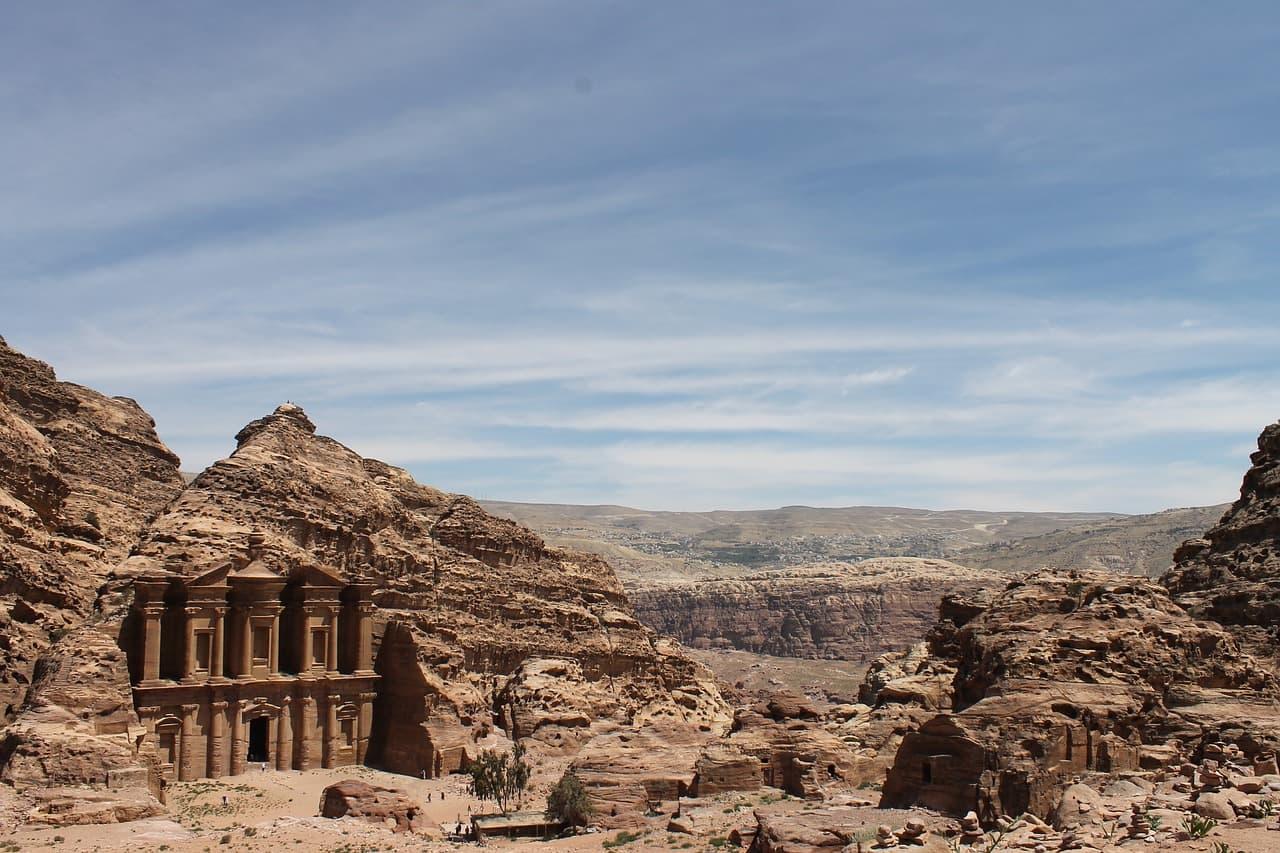 Поехать в Иорданию без визы