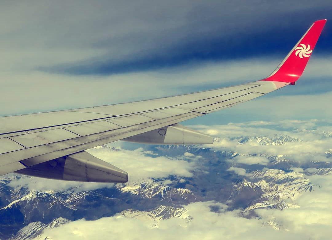 Самолет Грузинских авиалиний