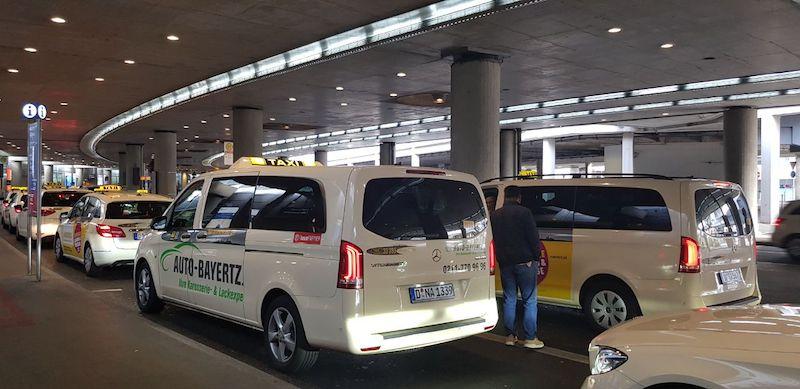 Такси в аэропорту Дюссельдорфа
