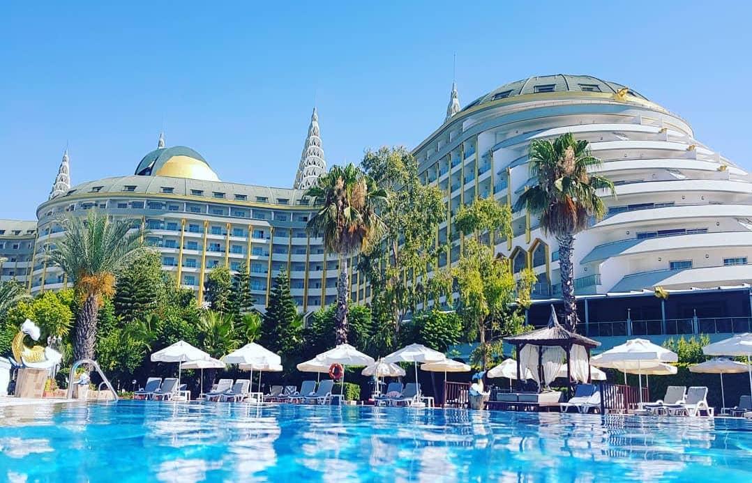 Отель Delphin Imperial с подогреваемым бассейном